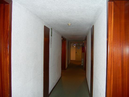 Hotel Riu Playa Park: Pasillo planta 3