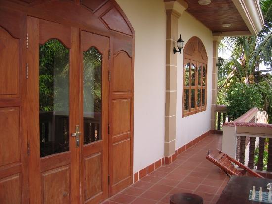 Golden Mango Inn: balcony