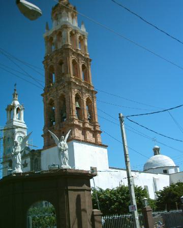 Valle de Santiago, Mexico: Church of Santiago