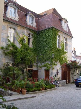 Photo of Hotel Castan Besançon