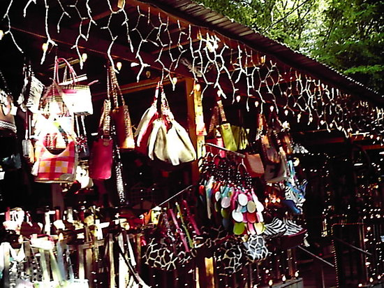 Canton, Teksas: Lots of things to buy love the purses