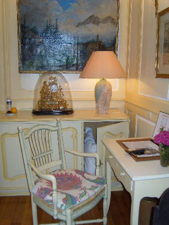 Hotel Castan : Interior of Bedroom