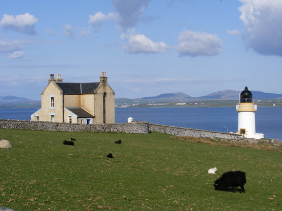 Islay, UK: Lochindaal House & Lighthouse