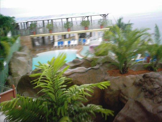 Vista de la pisina desde nuestroo cuarto picture of for Hotel cielo mar ofertas familiares