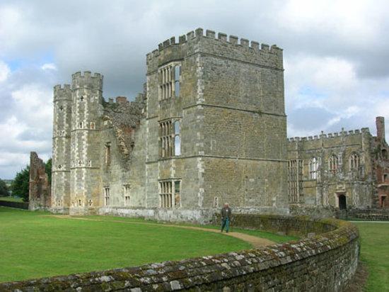 Foto de Cowdray Castle