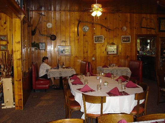 St. Bernard Lodge: Restaurant