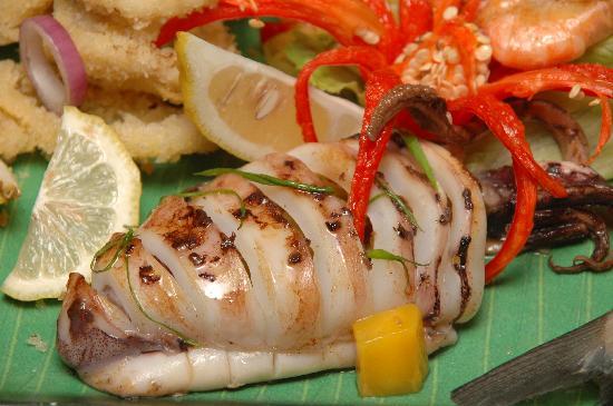 Taste the nutritious seafood at Apple Tree resort & Hotel