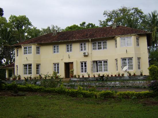Taneerhulla Bungalow - Picture of Plantation Trails by ...