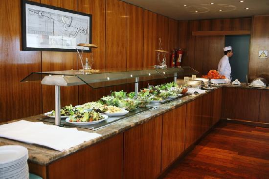 Golden Bay Beach Hotel: the buffet