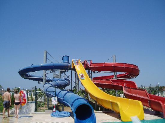 Palm Wings Beach Resort: Palm Wings - Slides