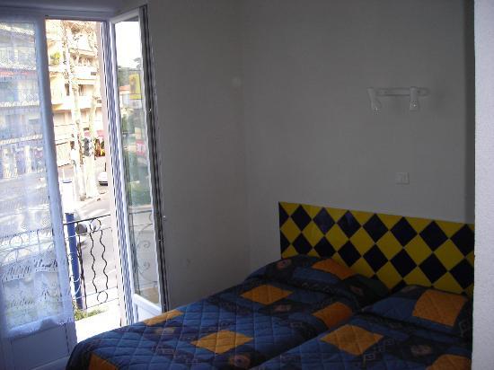 Hotel du Lys: CHAMBRE