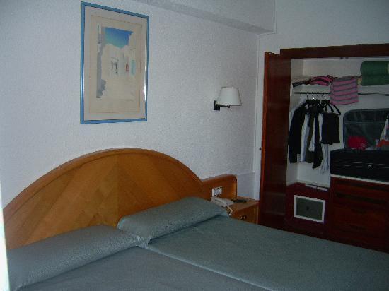 Hotel Riu Playa Park: Habitación