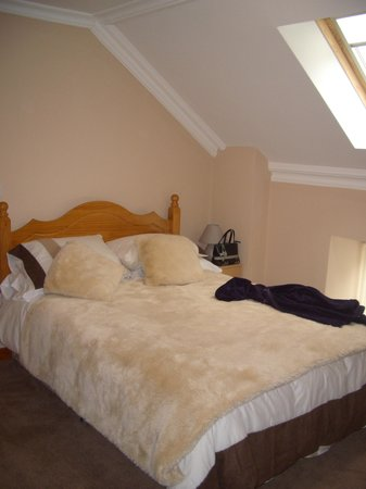 Capel Pisgah: double bed
