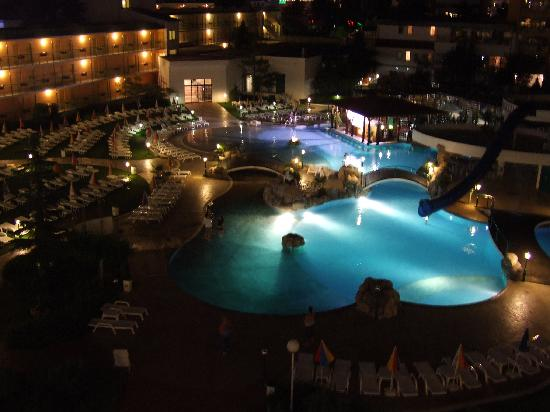 Trakia Plaza Hotel : from our room at night