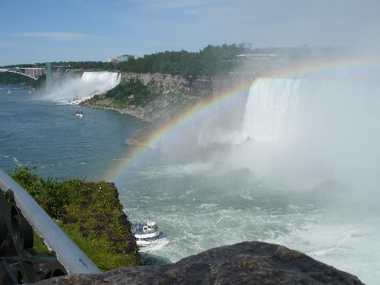 Skyline Hotel & Waterpark : Both Falls