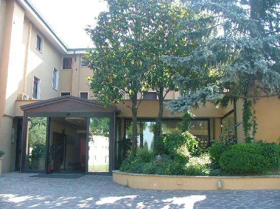 โรงแรม ลา กราเซีย: Hotel Le Grazie