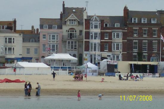 Bay View Hotel Weymouth: Bay View from Pier.