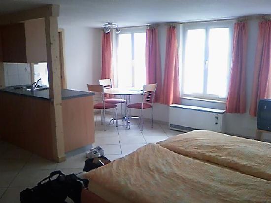 The Hotel Restaurant Aarburg: Room Nr. 8