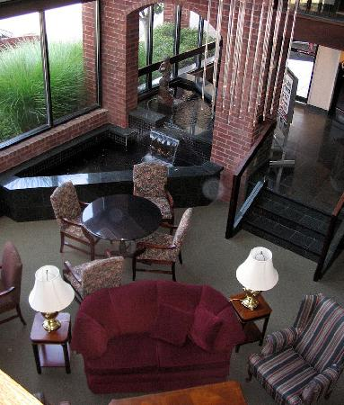 Drury Inn Indianapolis Northwest: Lobby from 2nd Floor