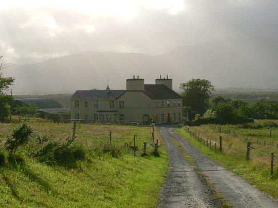 Kilburn House Farmhouse Bed and Breakfast: Kilburn House, Milltown.