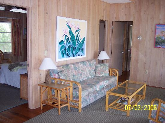 Manasota Beach Club: One living room in Spoonbill