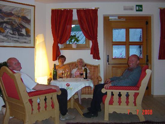Hotel Mesdi: Relaxing in the quiet room