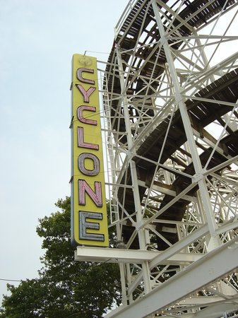 ‪‪Coney Island USA‬: Cyclone‬