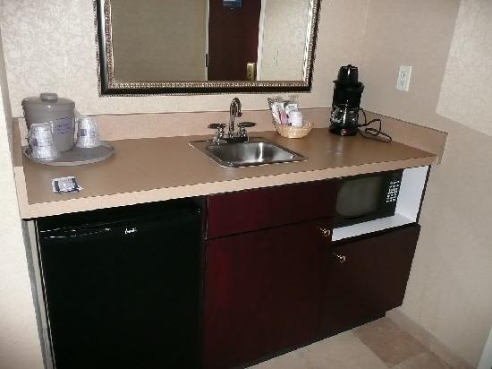 Hampton Inn & Suites Jacksonville-Airport: Mini-kitchette