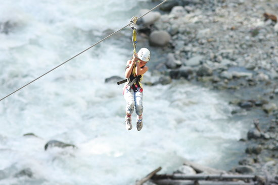 Ziptrek Ecotours: A 10 year old on the zip line