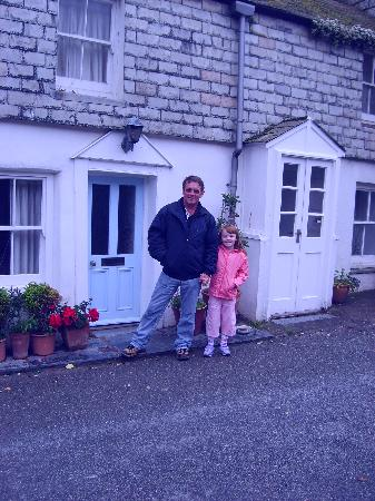 Port Isaac, UK: LOUISAs COTTAGE(the docs love)