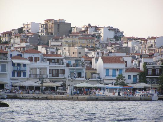 Yialis Apartments: Skiathos Town