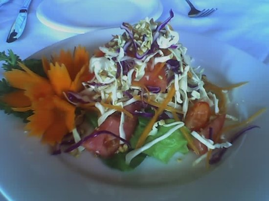 Thai L'Elephant: Cabbage salad with chili lime dressing