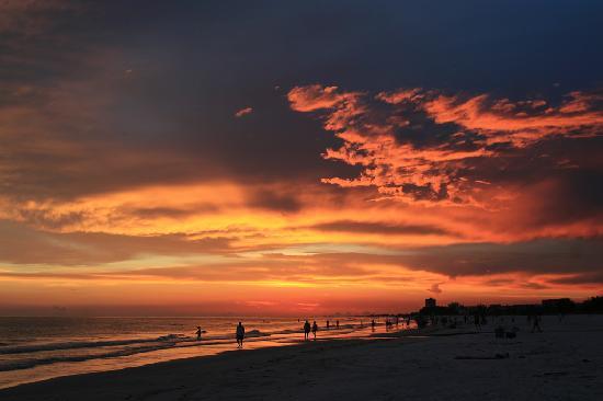 standing love make Palm Bay, Florida