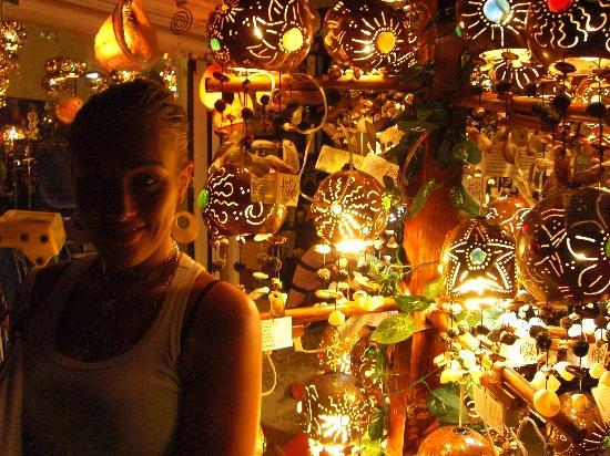 Hotel Labnah: Lampes typiques! Très sympa j'ai pas résisté j'en ai ramené une!