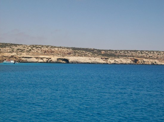 Tasia Maris Oasis: on our boat trip to famagusta