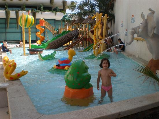 Piscina Infantil Picture Of Hotel Deloix Aqua Center Benidorm