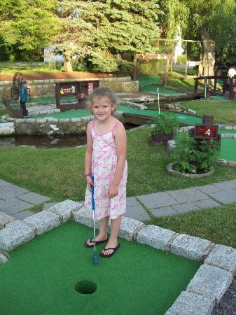 Sandwich Mini Golf: Kahleigha