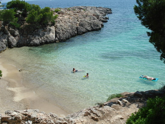 Costa d'en Blanes, İspanya: Beach on the western side