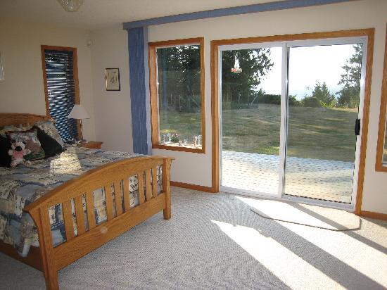 Eagle Landing Bed and Breakfast: Eagle room