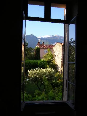 Maison Prades : View from our bedroom window
