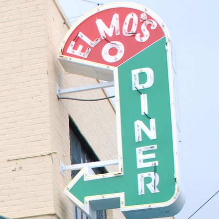 Elmo's Diner : Look for the Neon Sign
