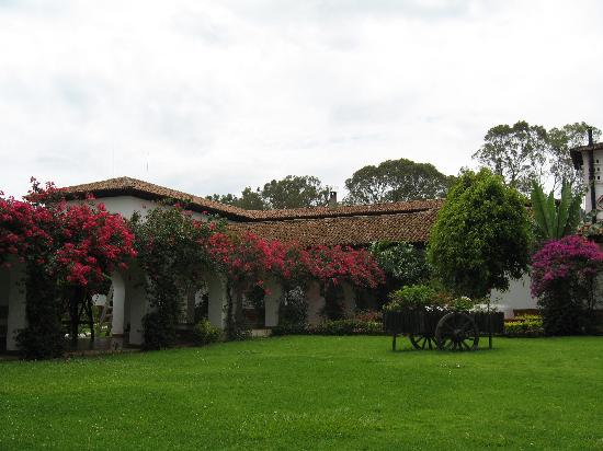 Best Western Plus Posada De Don Vasco: Grounds