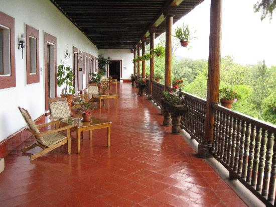 BEST WESTERN Posada De Don Vasco: Terrace