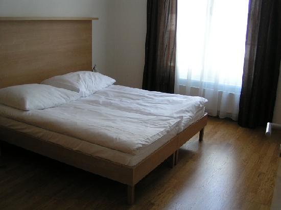 Angel: 1st bedroom