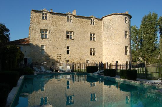 Chateau de Fources : View from the pool