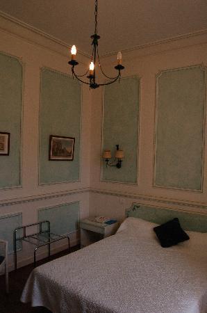 Chateau de Fources : Our room
