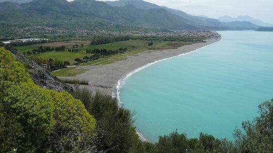 Maratea, Italia: One of the spectacular coast line views