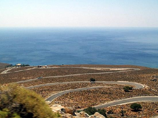 Hotel Restaurant Lefka Ori: The crazy road on the way to Chora Sfakion
