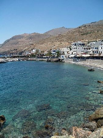 Hotel Restaurant Lefka Ori: View of the harbour and town