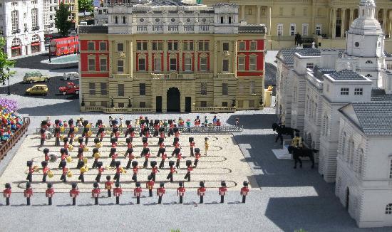 Legoland Windsor Resort: miniland